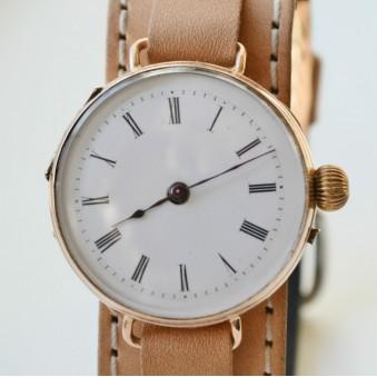antique watch wrist, vintage trench, ww1 trench, ww2 watch, ww1 watch, vintage wristwatch, swiss watch, swiss vintage watch
